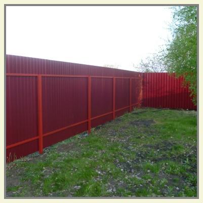 Забор из профнастила с двухсторонним полимерным покрытием